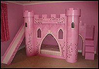 girls_castle_theme_bed_princess_castle_style